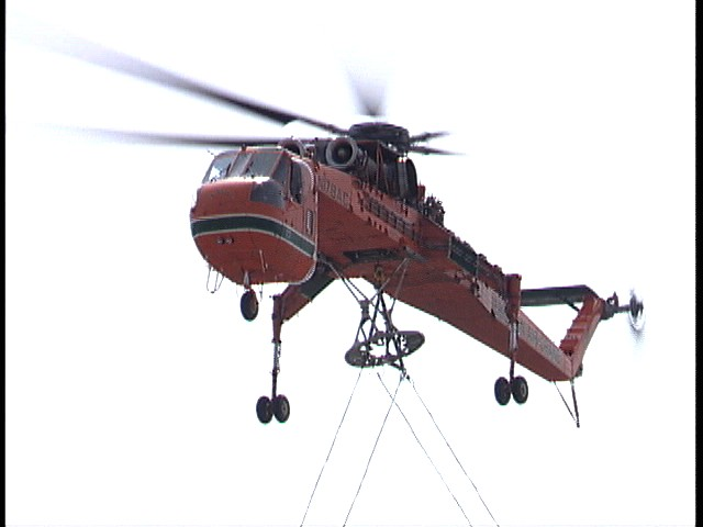 Helicopter Lifts - Midwest Steel - DSC00072